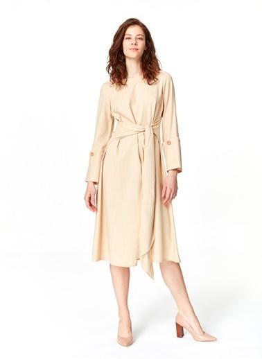 Mizalle Kolu Düğme Detaylı Elbise  Bej